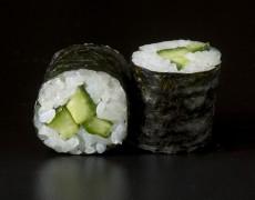 Cucumber maki 6pcs