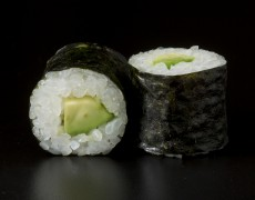 Avocado maki 6pcs