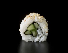 Cucumber maki 8pcs