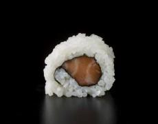 Salmon maki 8pcs