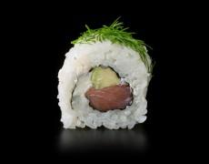 Маки с копчённым лососем 8тк