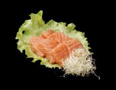 Salmon sashimi (80 g)