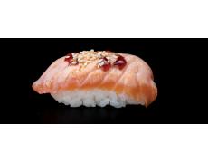 Торч нигири с лососем