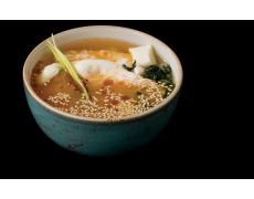 Суп с обжаренной креветкой